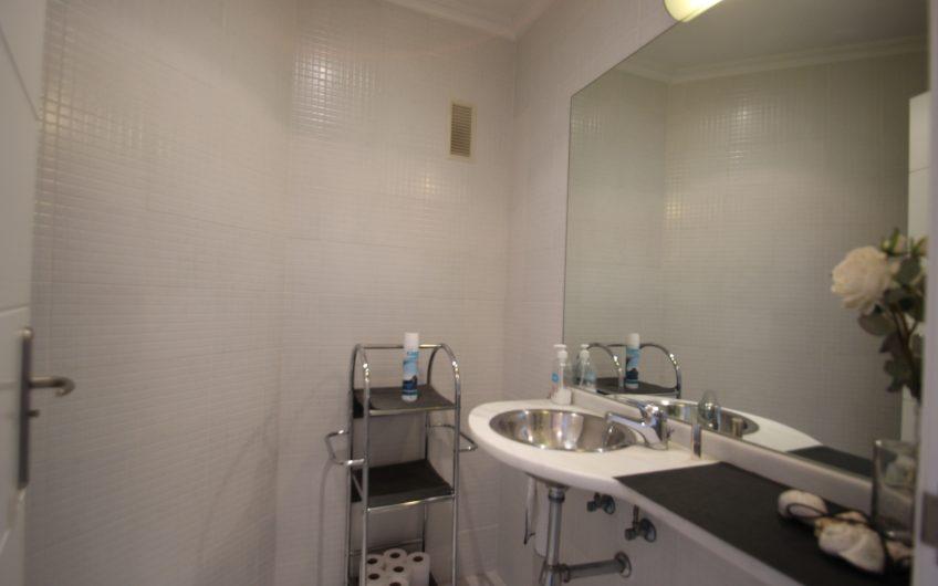 Ático de 2 dormitorios y con amplio solárium en Aguamarina Cabo Roig.