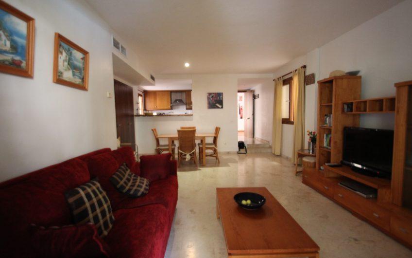 Apartamento en planta baja en Punta Prima