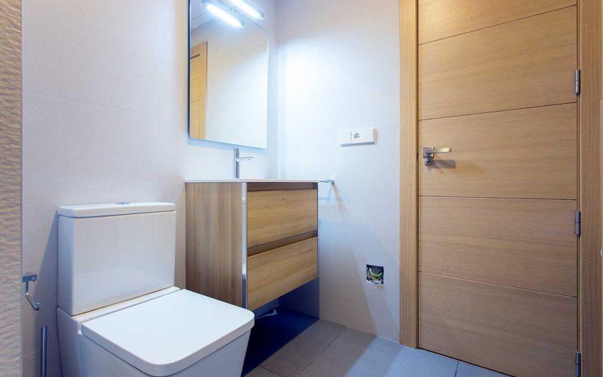 Piso con 3 habitaciones en zona centro Elche